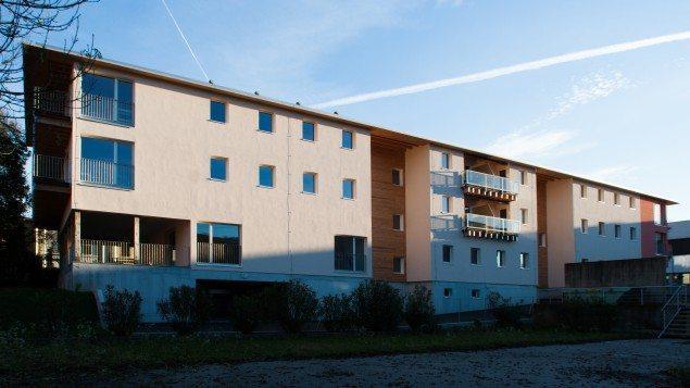 Mendrisio Temporary Living. Edificio Residenziale Multipiano in Xlam